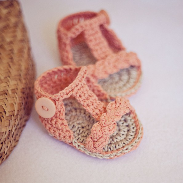 crochet-baby-sandals-il-fullxfull.335278869